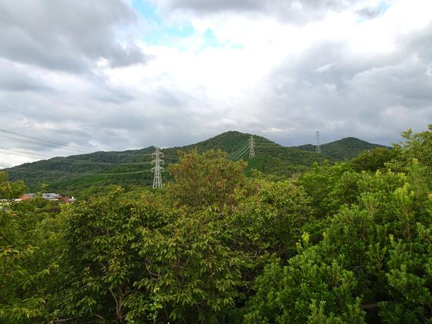 春日井市少年自然の家「野外教育センター」展望台から見た景色 - 21:春日井三山