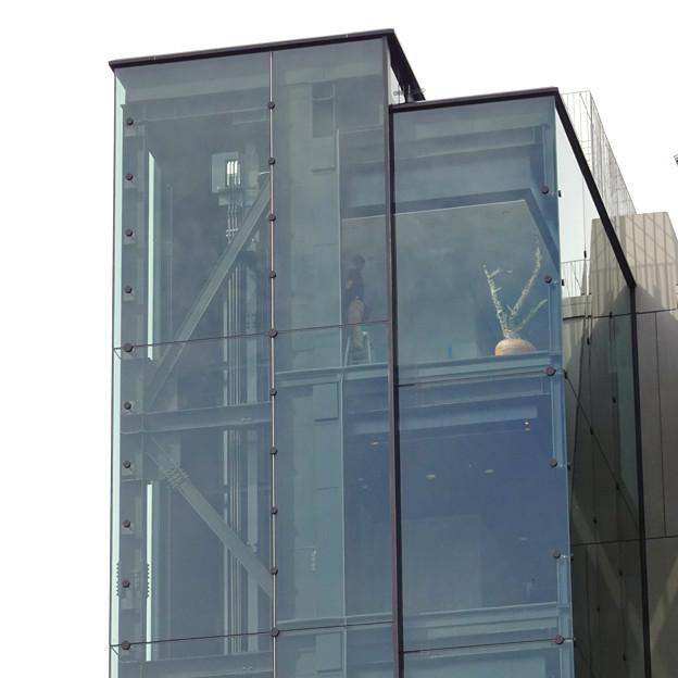 リニューアルした久屋大通公園「ヒサヤオオドオリパーク」 - 26:テレビ塔横に設置された新しい建物