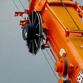 桃花台線の桃花台東駅解体撤去工事(2020年9月18日) - 7:クレーン車のクレーンの滑車部分?