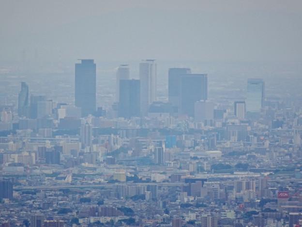 弥勒山頂上から見た名駅ビル群 - 2