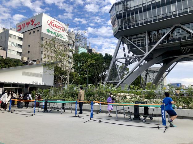 リニューアル直後で賑わう久屋大通公園 - 11:テレビ塔下に卓球場!?