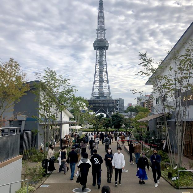 リニューアル直後で賑わう久屋大通公園 - 26