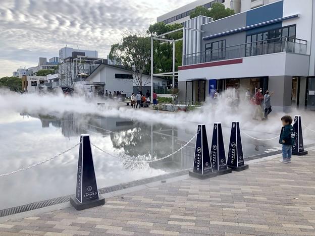 リニューアル直後で賑わう久屋大通公園 - 39:定期的に出る?水蒸気
