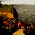Photos: 潮見ふ頭から名港水上芸術花火を撮影しようと集まってた人たち - 4
