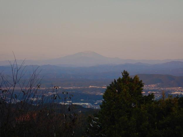 Photos: 弥勒山山頂から見た御嶽山 - 1