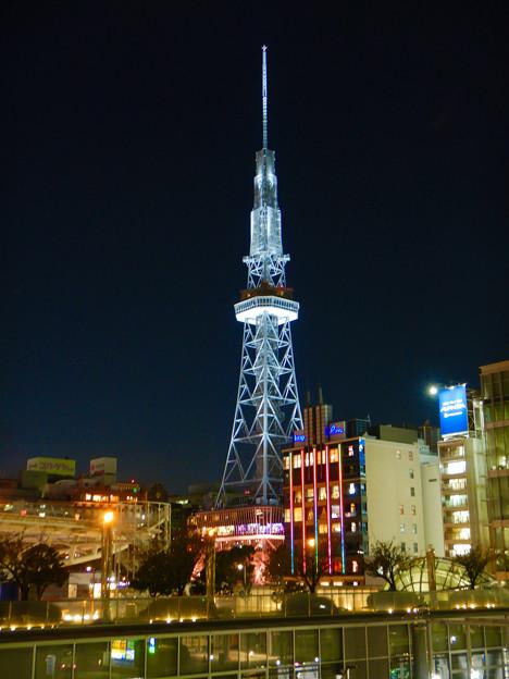 愛知芸術文化センターから撮影した夜の名古屋テレビ塔