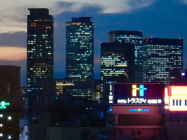 愛知芸術文化センターから撮影した名駅ビル群