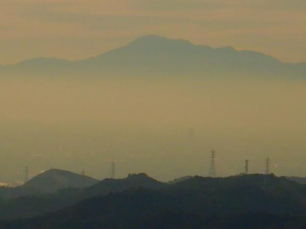 尾張白山と雲の上に見えた伊吹山 - 2