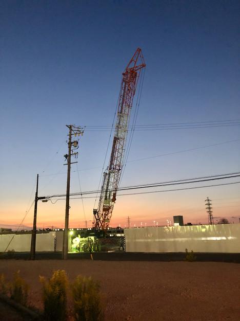 建物の建設が始まった?でっかいクレーンがあった旧ザ・モール春日井跡地(2020年11月16日)