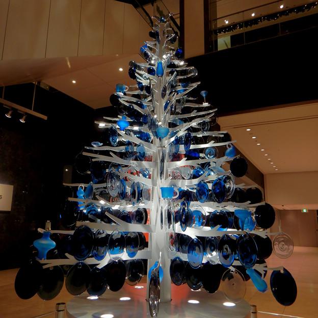 ミッドランドスクエア:ガラスのお皿で作ったクリスマスツリー - 5