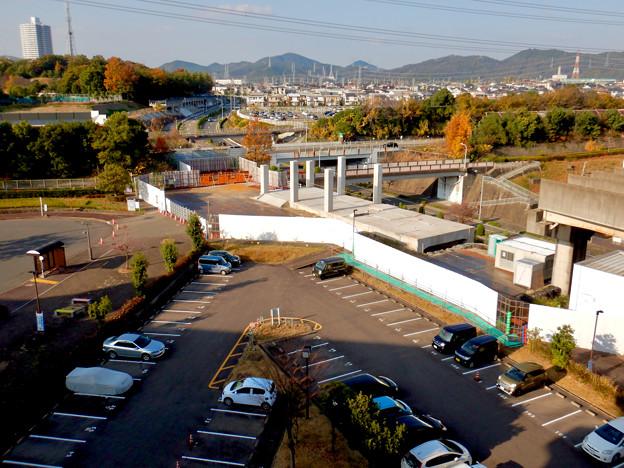 Photos: 桃花台線の旧・桃花台東駅解体撤去工事(2020年11月18日) - 14