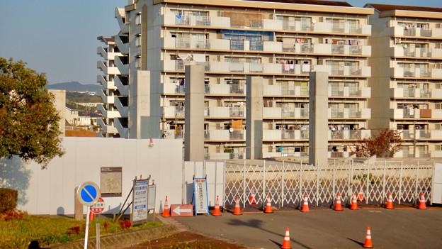 桃花台線の旧・桃花台東駅解体撤去工事(2020年11月18日) - 16