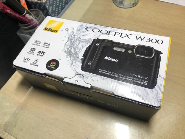 COOLPIX W300(Black) - 14:箱