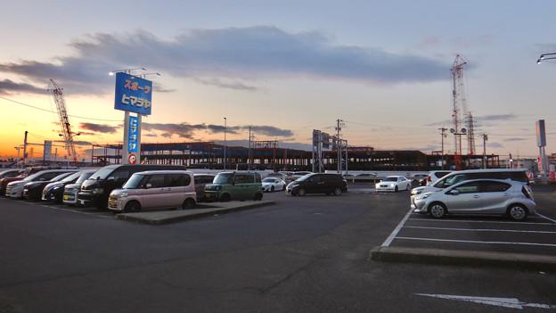 建設工事中の旧・ザ・モール春日井跡地の商業施設(2021年1月4日) - 1