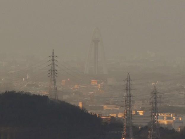 Photos: 西高森山山頂から見たツインアーチ138 - 1