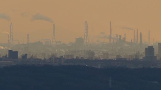 西高森山山頂から見たどこかの工場 - 2