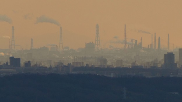 Photos: 西高森山山頂から見たどこかの工場 - 2