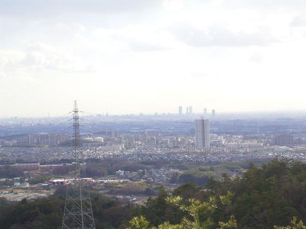 写真: 白山から見た桃花台ニュータウン~名古屋市