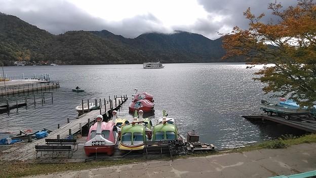 中禅寺湖のボート乗り場