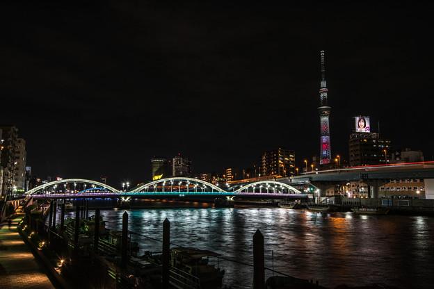 スカイツリーと厩(うまや)橋