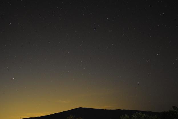 Photos: 星と山