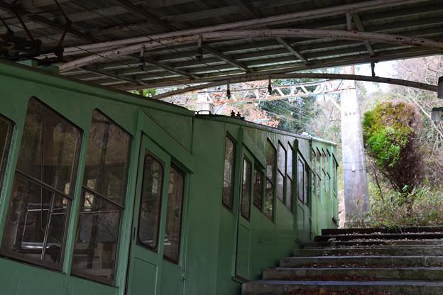 写真: 屋島ケーブル「屋島登山口駅」