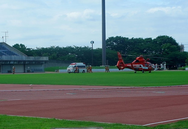 救急ヘリの搬送
