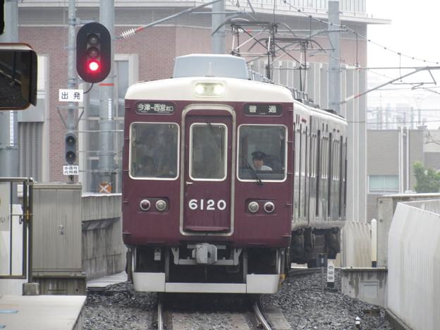 阪急6020F