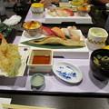 Photos: にぎり寿司と海老天ぷらセット