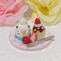 Photos: n014ミニチュア/いちごカップケーキプレート/セキセイ・白ハルクイン