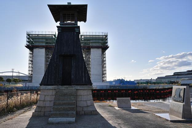 水門工事と今津灯台