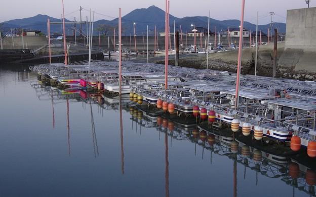 海苔養殖作業船