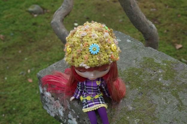70年代前半を目指しニコちゃんを付けてみた帽子