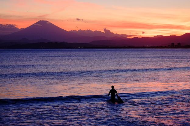 Photos: 片瀬西浜海岸から