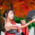 写真: The end of autumn leaves
