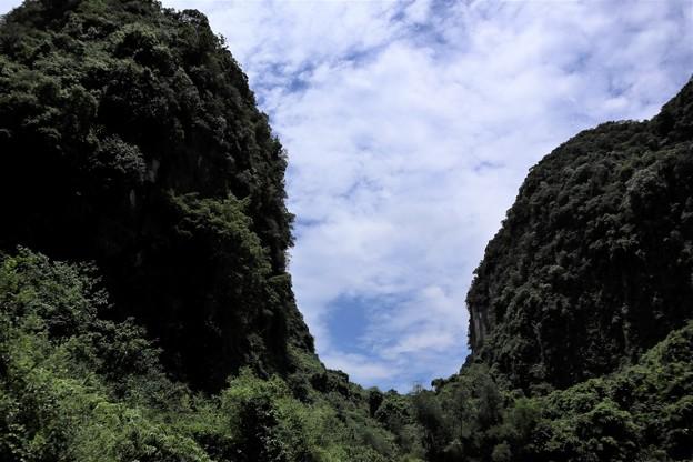 陸のハロン湾 ベトナム