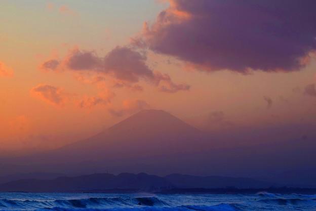 夕方見えた湘南・鵠沼海岸からの富士山 #湘南 #藤沢 #海 #surfing #wave #mysky #fujisan #mtfuji #富士山