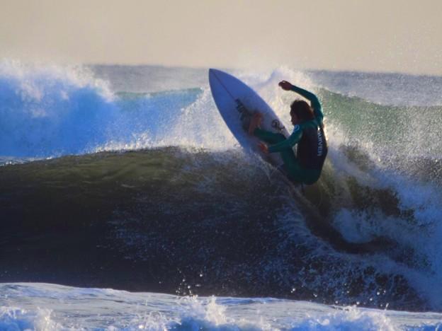 オフショアの湘南・鵠沼海岸 #湘南 #藤沢 #海 #surfing #wave #mysky