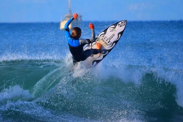 オフショアの湘南・鵠沼海岸 #湘南 #藤沢 #海 #波 #surfing #wave #mysky