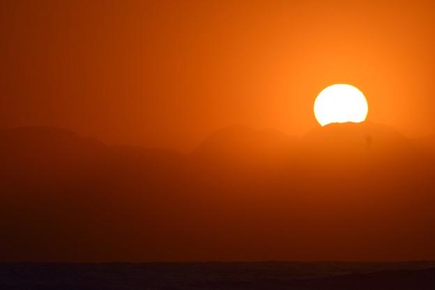 湘南・鵠沼海岸からの夕日 #湘南 #藤沢 #海 #波 #wave #surfing #mysky