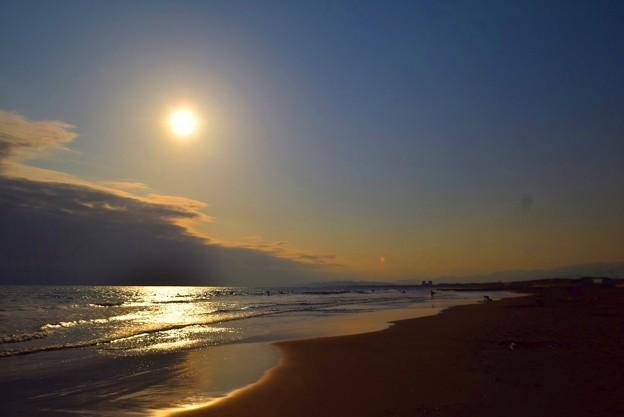 湘南・鵠沼海岸の夕日 #湘南 #藤沢 #海 #波 #wave #surfing #mysky #beach