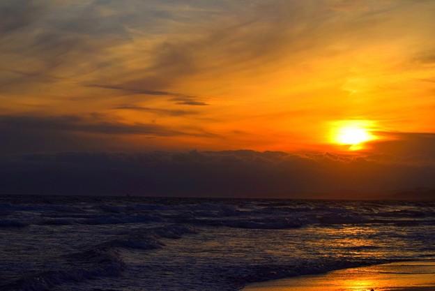 雲に沈む湘南・鵠沼海岸の夕日 #湘南 #藤沢 #海 #波 #wave #surfing #mysky