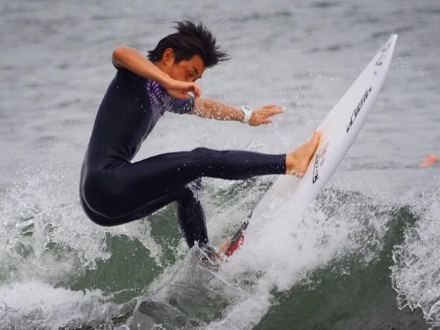 夕方の湘南・鵠沼海岸の波はひざサイズ #湘南 #藤沢 #海 #波 #wave #surfing #mysky #beach