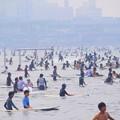 混雑する今朝の湘南・鵠沼海岸 #湘南 #藤沢 #海 #surfing #wave #mysky #beach