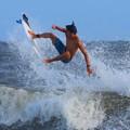 夕方の湘南・鵠沼海岸の波は腹から胸サイズ #湘南 #藤沢 #海 #波 #wave #surfing #mysky #beach