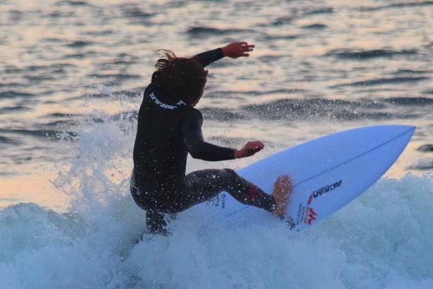 オンショアの湘南・鵠沼海岸 #湘南 #海 #波 #beach #surfinng #サーフィン #wave #mysky