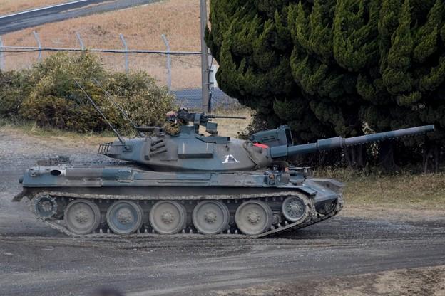 自衛隊74式戦車 #自衛隊 #japanselfdefenceforces #mysky #習志野演習場 #降下訓練始め #japanesearmy