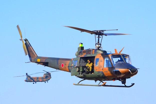 UH-1J #自衛隊 #japanselfdefenceforces #mysky #習志野演習場 #降下訓練始め #japanairforce