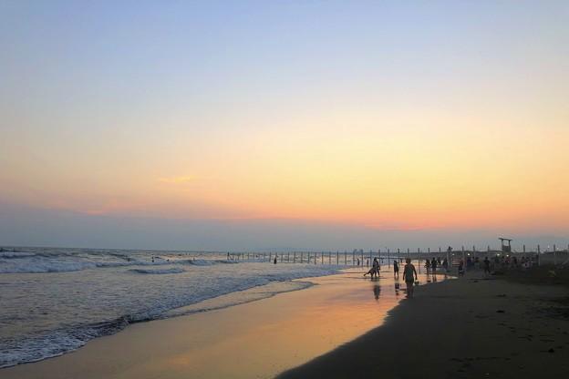 日没後の湘南・鵠沼海岸 #湘南 #藤沢 #海 #波 #wave #surfing #サーフィン #mysky #sea #beach