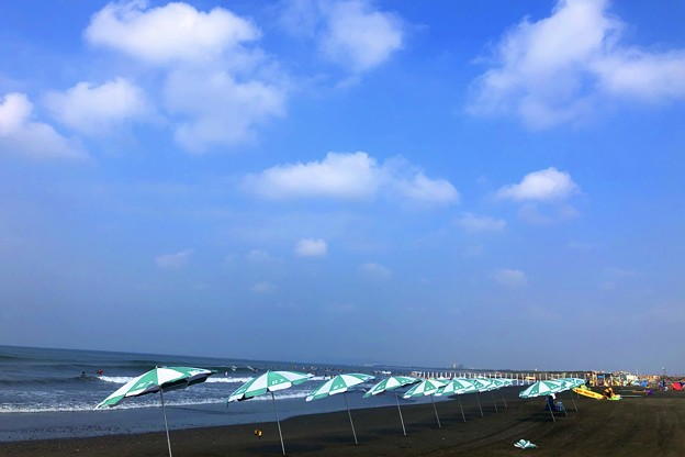 Photos: 湘南・鵠沼海岸朝景 #湘南 #藤沢 #海 #波 #wave #surfing #sea #beach #mysky #サーフィン